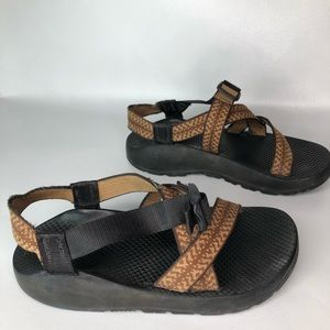 Chaco Brown Men's Hiking Sandals Size 8
